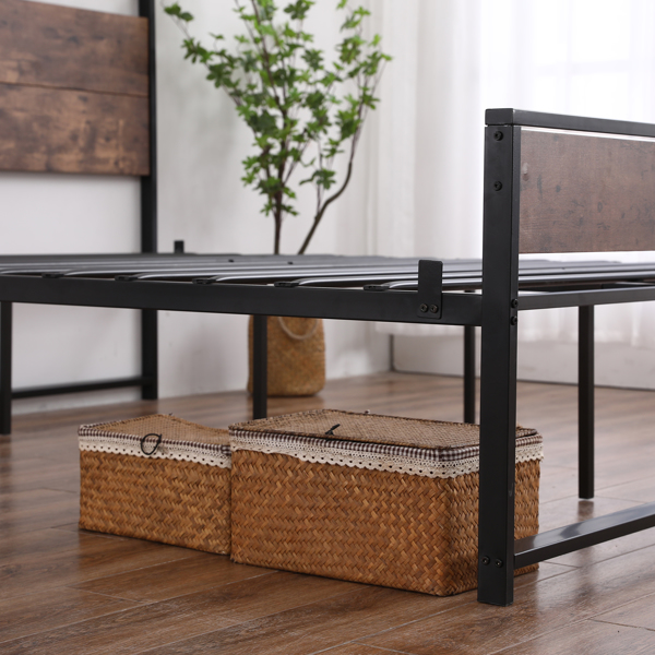 Queen Iron Bed with Foot Black